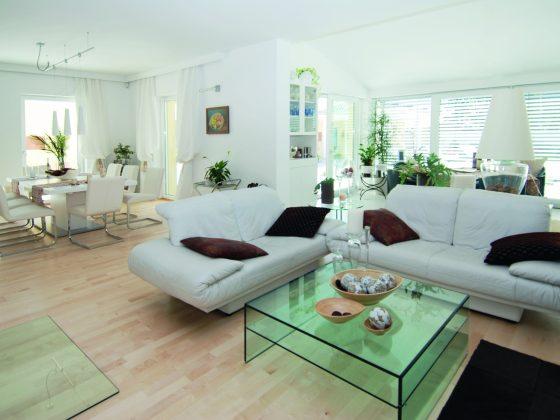 Uklizený obývací pokoj