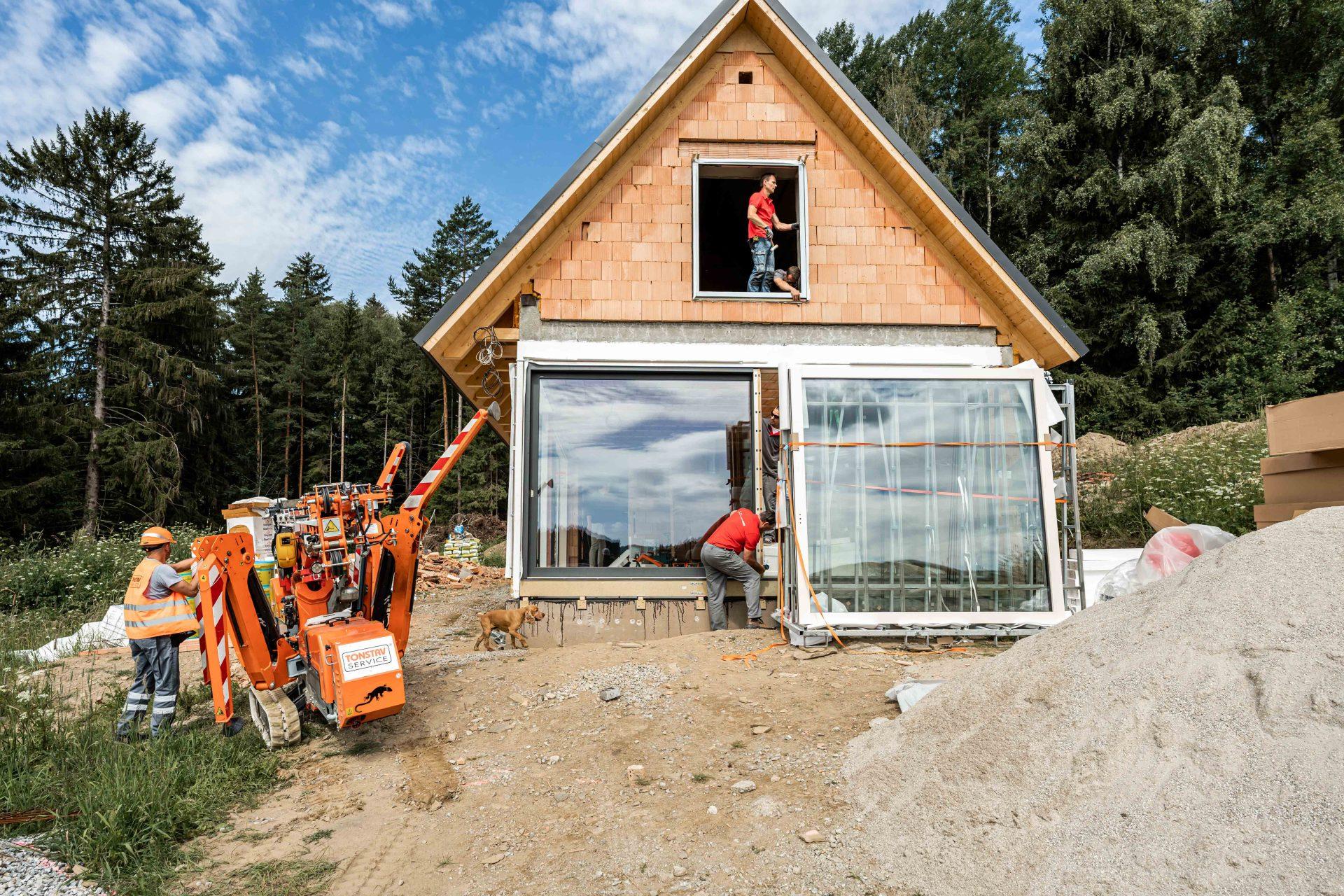 Stavba Českého soběstačného domu