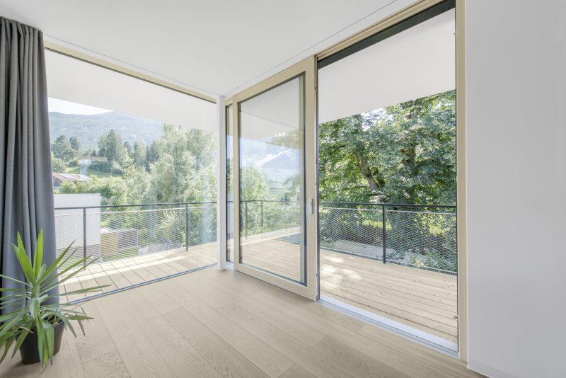 Francouzské okno s trojitým zasklením