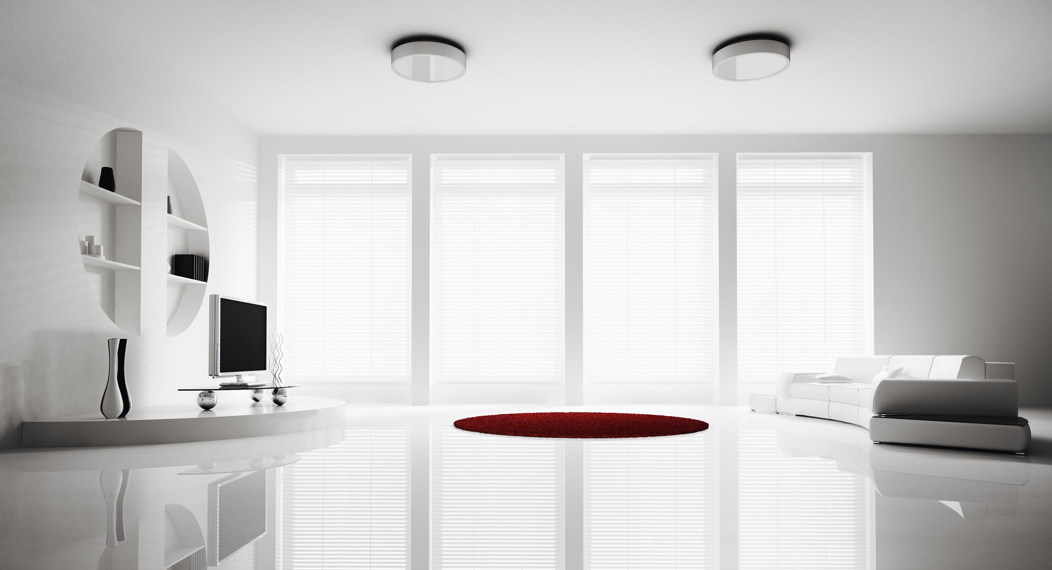 Luxusní bílý pokoj se 4 okny
