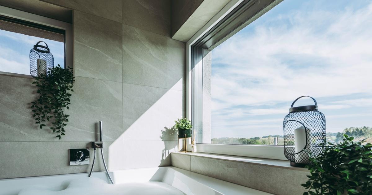 Okno Internorm KF 520 umístěné v koupelně